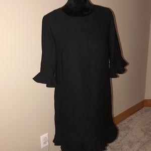 Black Cece dress. NWT. Sz 4